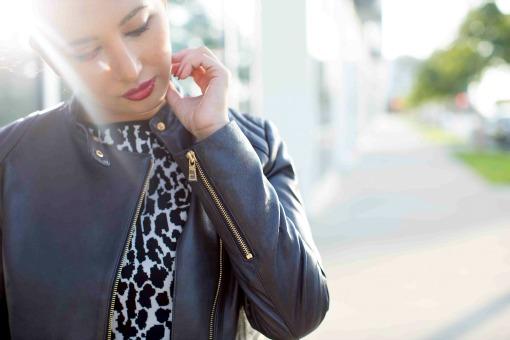 leather-zipper-on-jacket-Ann-Taylor