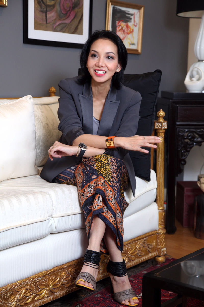 Success in Stilettos Shinta Dhanuwardoyo