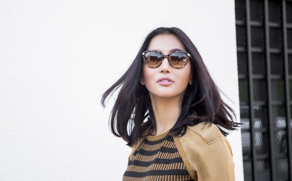 fashionable-woman-in-sunglasses